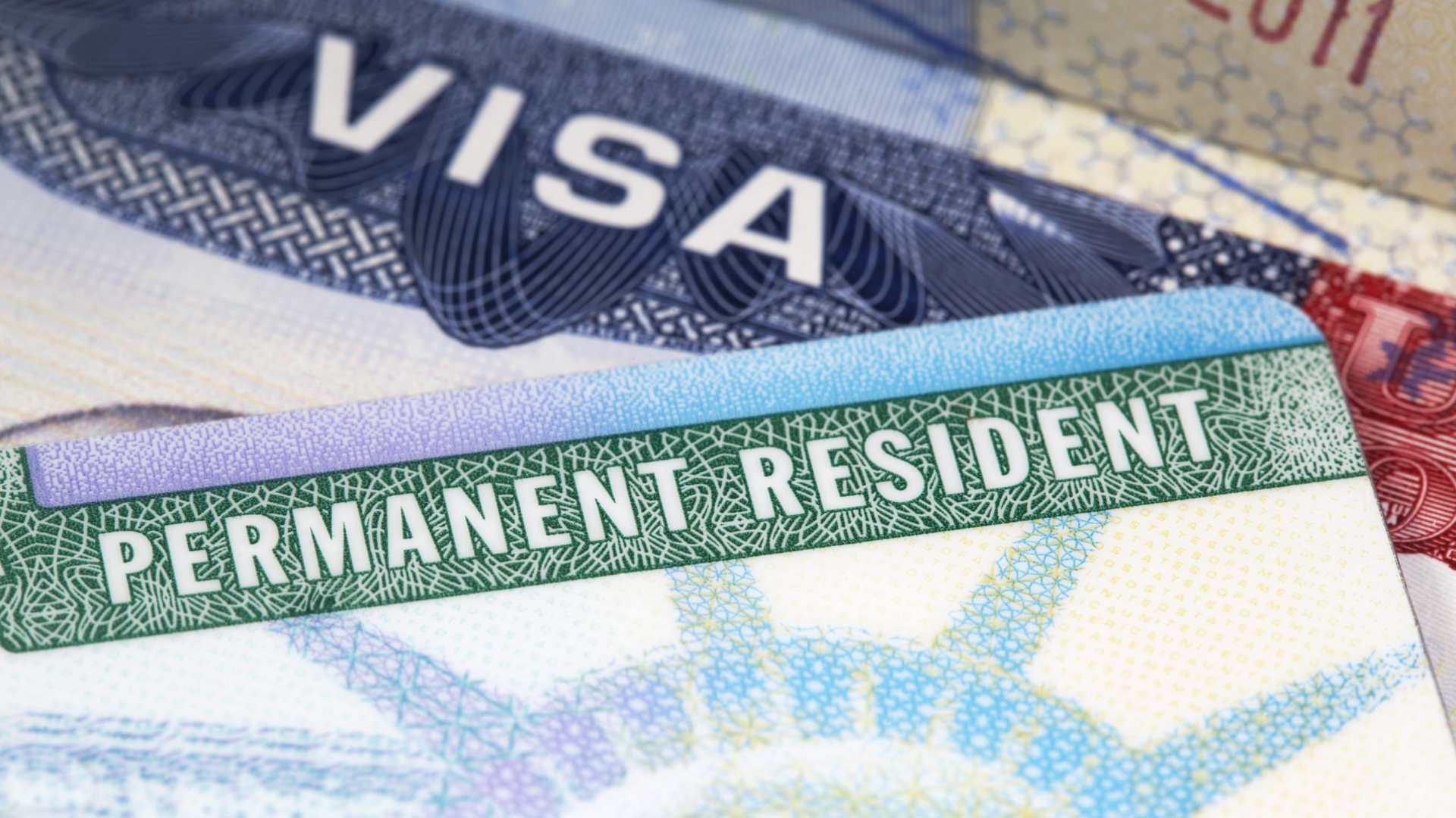 Cómo conseguir la Green Card por matrimonio con un ciudadano ...